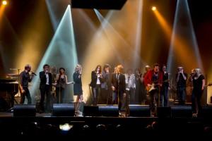 Les stars chantent à l'Olympia pour soutenir la recherche sur la maladie d'Alzheimer Sandrine Kiberlain;Alain Souchon;Carla Bruni Sarkozy;Matthieu Chedid;Gael Faure (Nouvelle Star 4); Pierre (Fils d'Alain Souchon)
